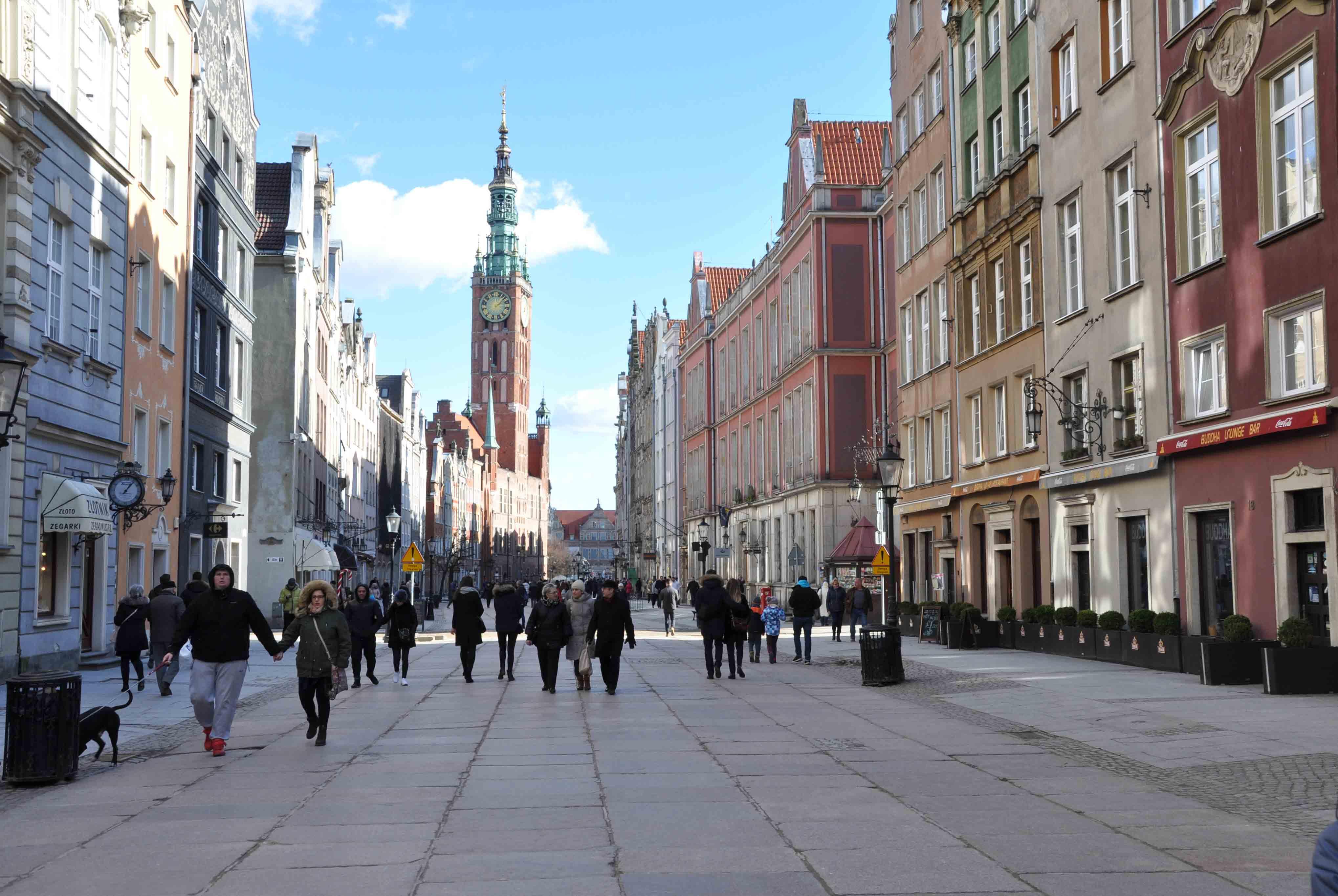Dluga Street runs through the main city of Gdansk